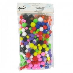 Pompons tailles et couleurs assorties x300